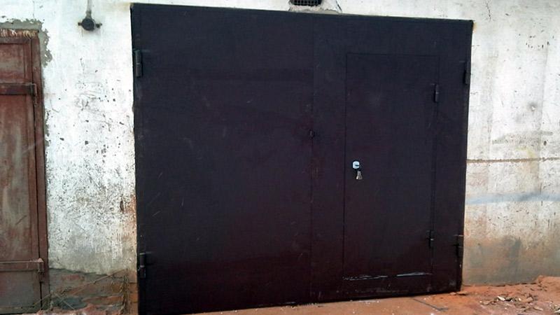 заказать гаражные ворота распашные
