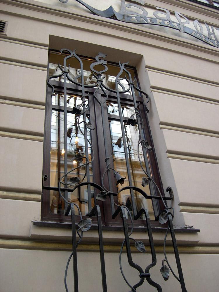 Кованые решётки на окна